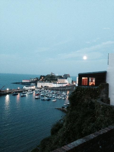 5 tenby harbor moon