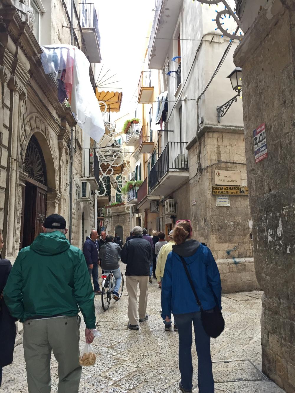 Bari street scene 1